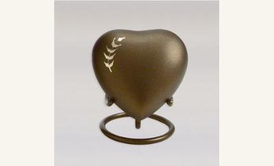 Aria Wheat Keepsake Heart