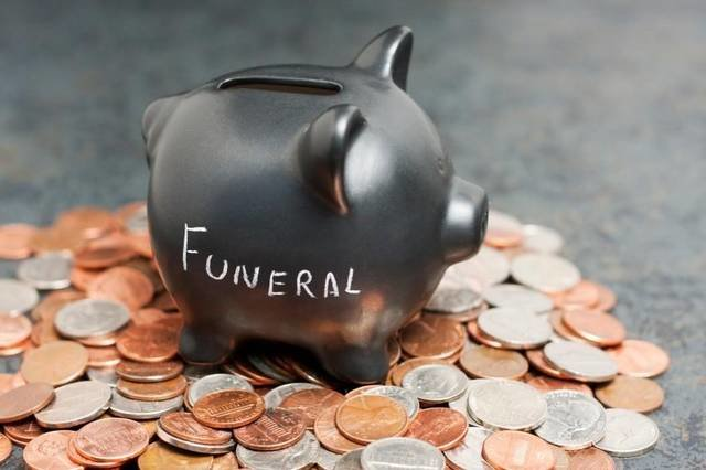 What Goes Into the Expense of a Standard Funeral?